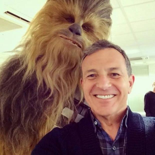 Chewbacca-Bob-Iger-Star-Wars-7.jpg
