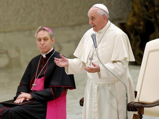 pope-francis-aliens.jpg