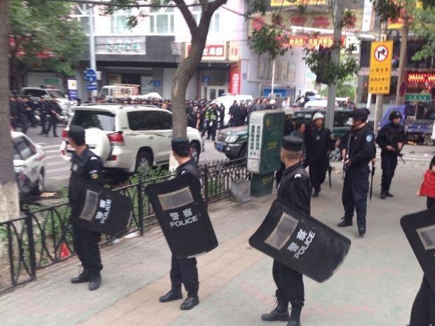 riot-police-xinjiang.jpg