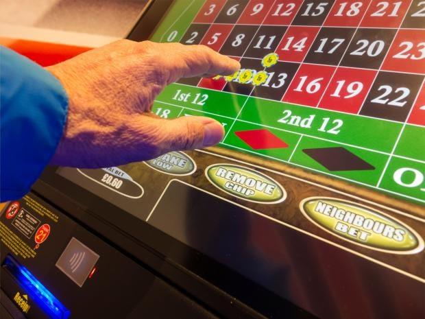 pg-35-gambling-1-alamy.jpg