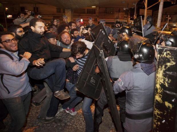58-Riot-AP.jpg