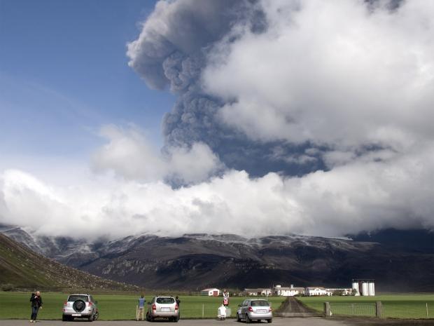 pg-6-volcano-getty.jpg