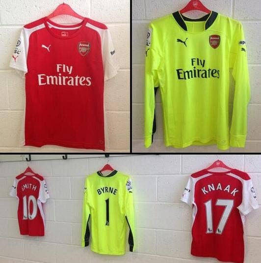 Arsenal kit.jpg