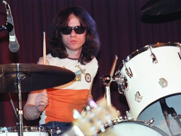 Tommy-Ramone.jpg