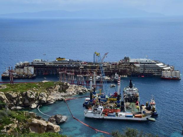 Costa-Concordia-1.jpg