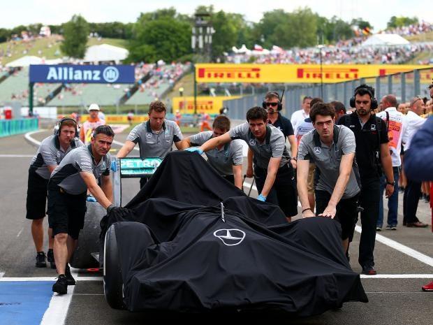 Mercedes-team.jpg
