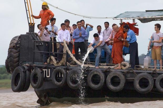 buddhist-divers-bell.jpg