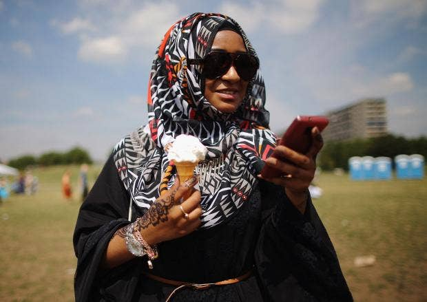 Muslim-Apologies-Twitter.jpg