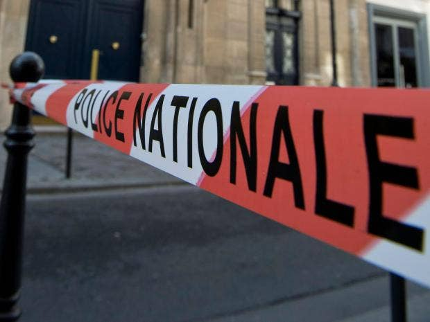 Police_tape_France_1.jpg