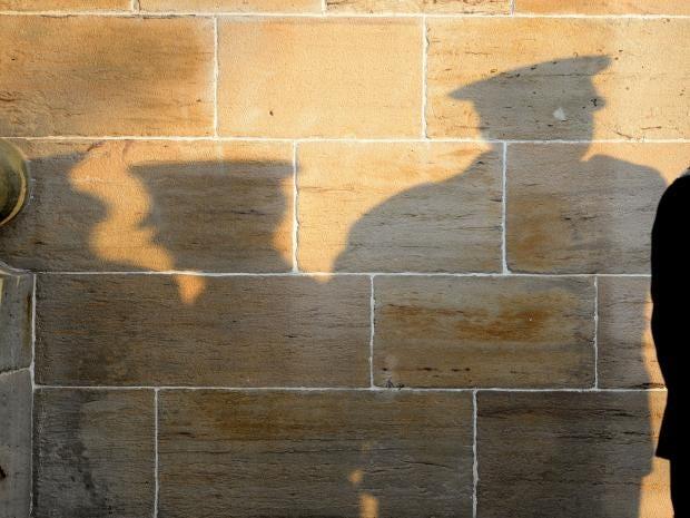 12-PoliceOfficer-Getty.jpg