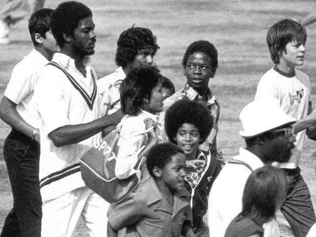 Cricket1_1.jpg