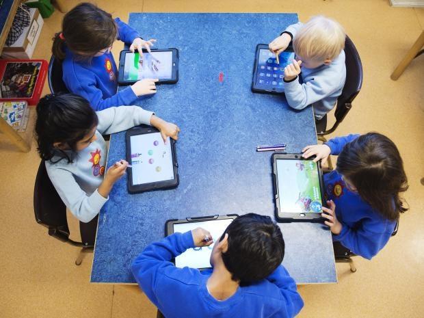 10-ipadSchool-Get.jpg