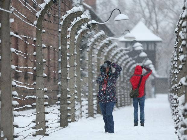 29-Auschwitz-Getty.jpg