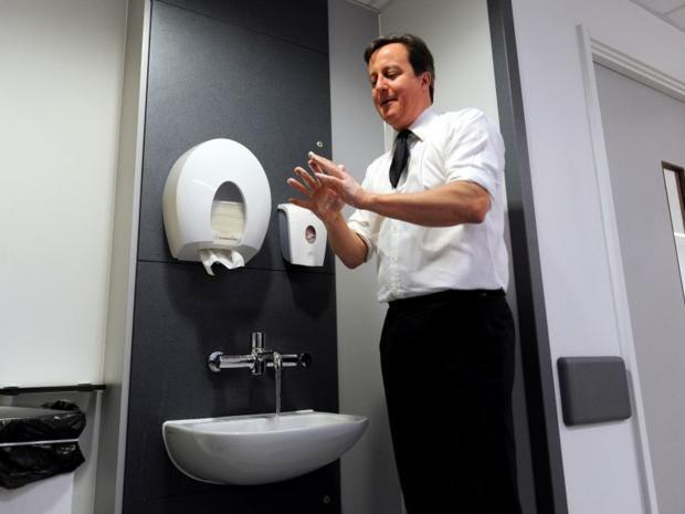 42-Cameron-Toilet-AFPGet.jpg