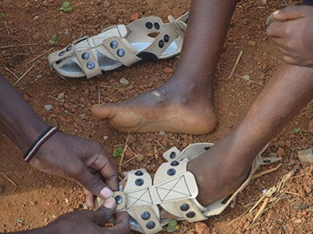 shoe-that-grows2.jpg