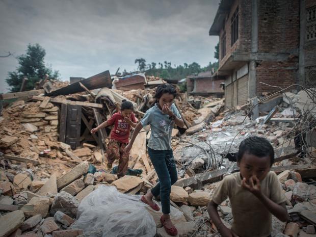 Nepal-rubble-earthquake-AFP.jpg