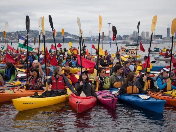 23-kayak-EPA.jpg