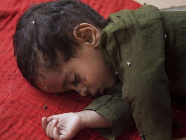 Karachi-heatwave-child.jpg