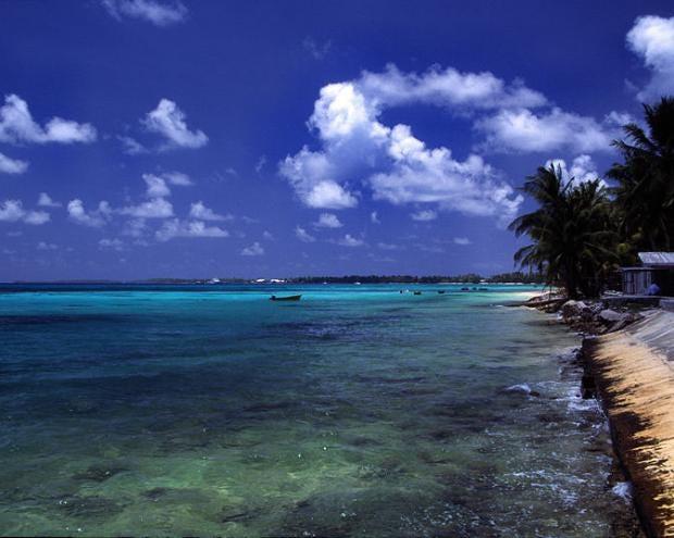 800px-Tuvalu_Funafuti_atoll_beach.jpg