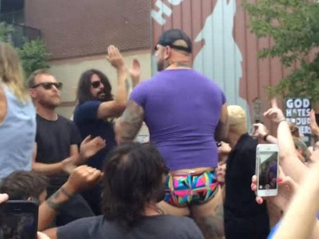 Foos-Dave-Grohl-Westboro.jpg