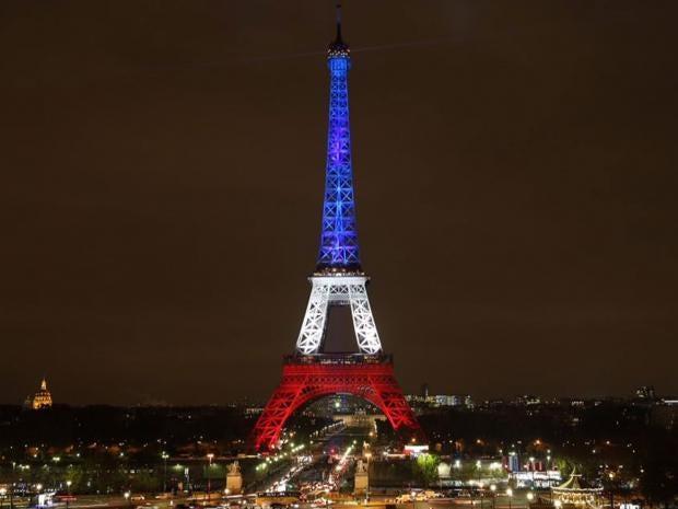 Eiffel-Tower-Tricolour.jpg