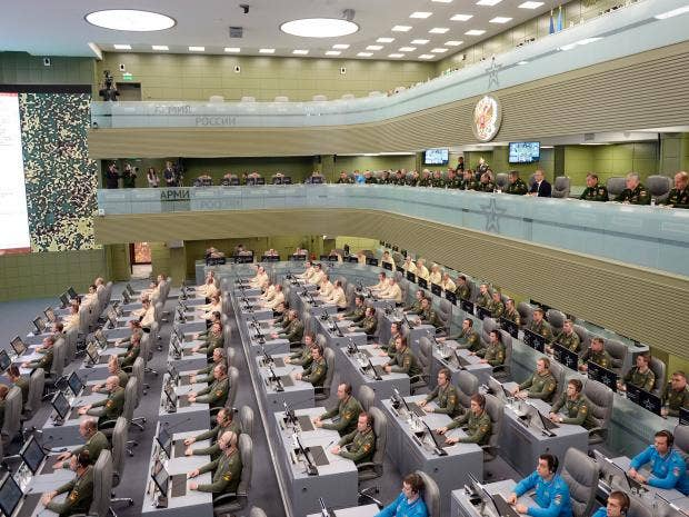 putin-war-room-ap.jpg