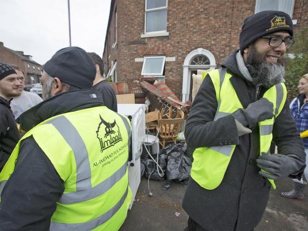 pg-14-desmond-muslim-charity-cm.jpg