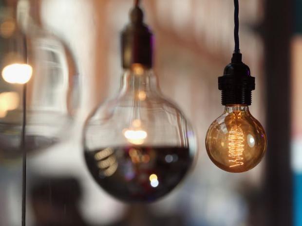 28-lightbulb-get.jpg