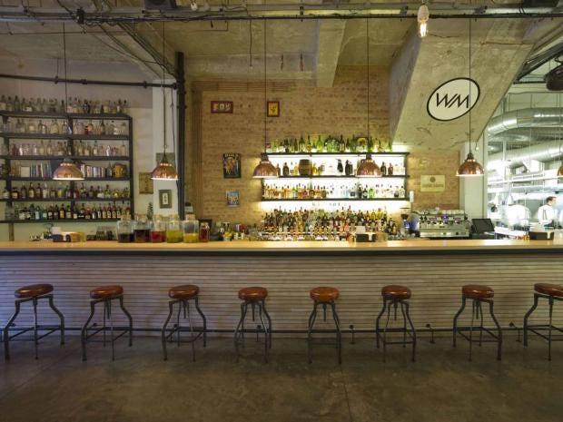 cocktail-bar.jpg