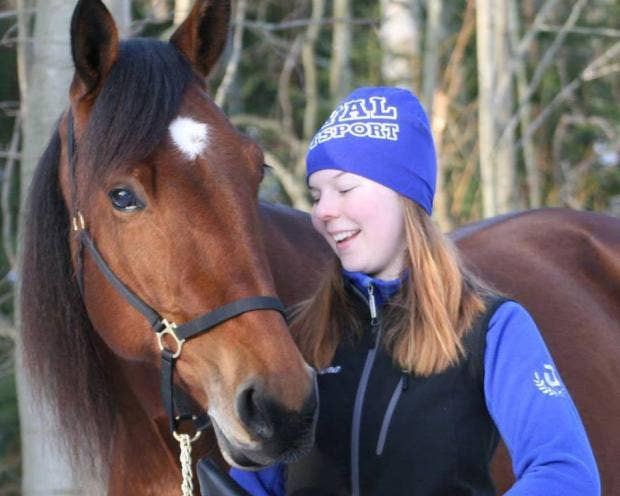 helena-stahl-jockey-horse-sweden.jpg