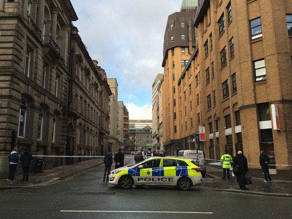 Liverpool-bomb-threat.jpg