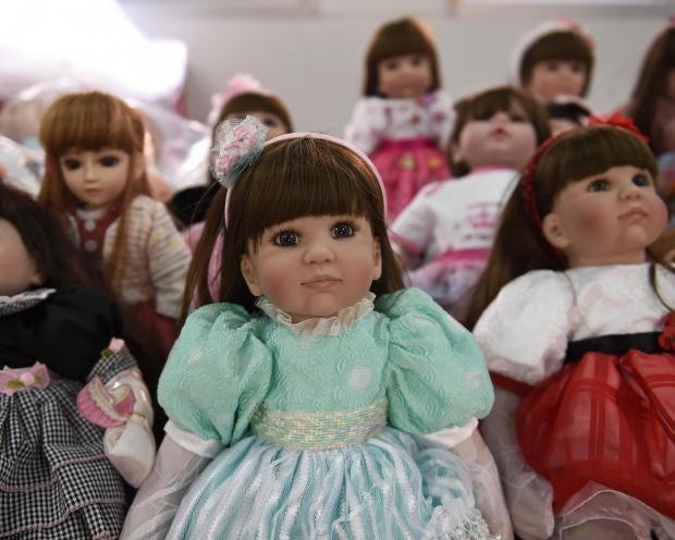look-thep-doll-thailand-2.jpg