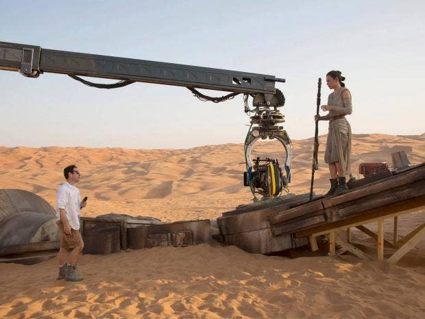 pg-16-star-wars-on-set-lucasfilm.jpg