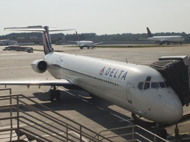 NTSB says Delta plane landed at wrong airport