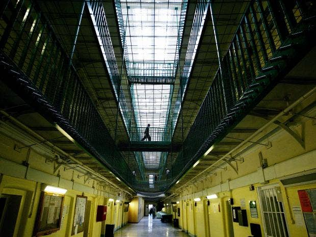 7-uk-prison-get.jpg