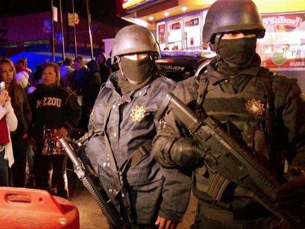 riot-police-mexico-afp.jpg
