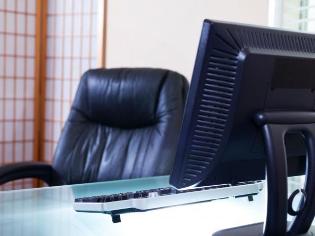 Empty-desk.jpg