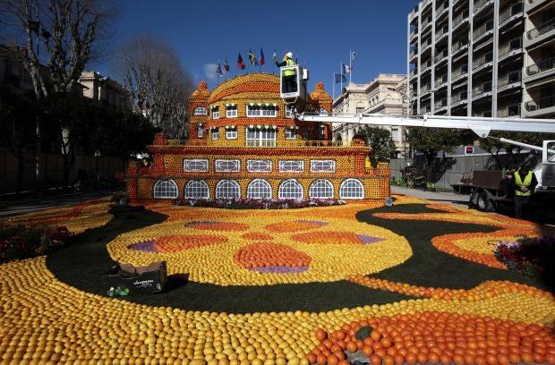 orange-lemon-festival-menton-france.jpg