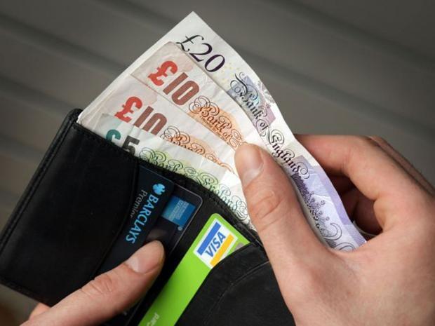 54-wallet-money.jpg
