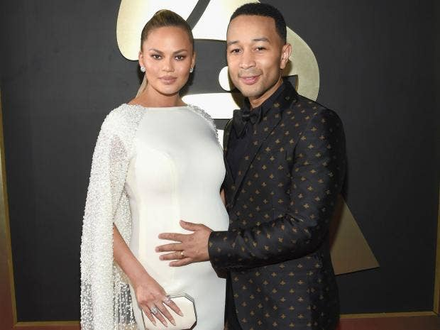 chrissyteigen-johnlegend.jpg