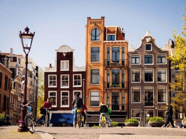 amsterdam-canal-houses-nbtc.jpg