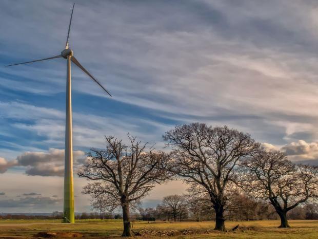 19-RSPB-wind-turbine-PA.jpg