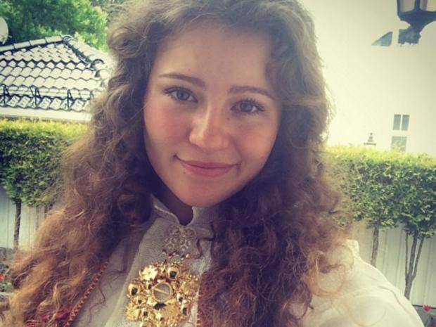 Alexandra Andresen: 19-year-old teenager and the world's ...