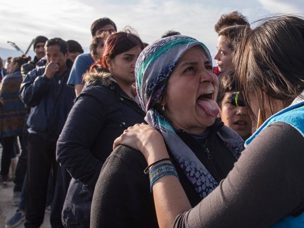 37-idomeni-refugees-epa.jpg