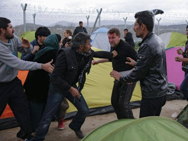 6-fighting-refugees-epa.jpg