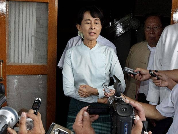 Aung-San-Suu-Kyi-EPA.jpg