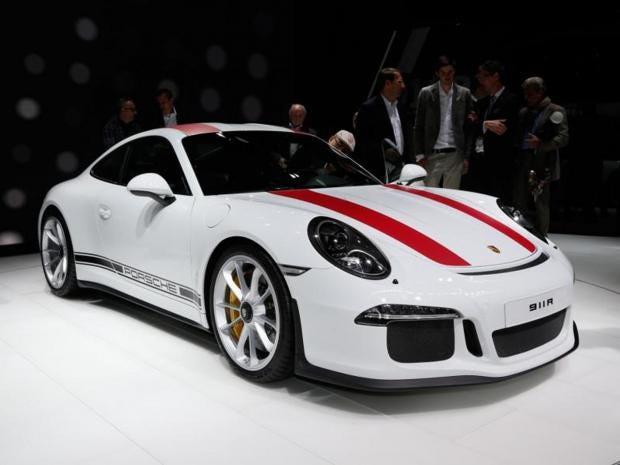 Porsche-911-1.jpg