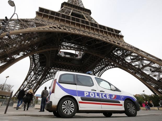 eiffel-police.jpg