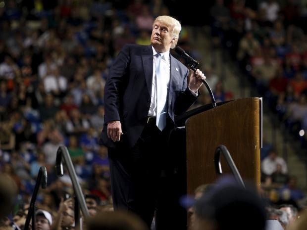 Trump-Fayetteville-REUT.jpg