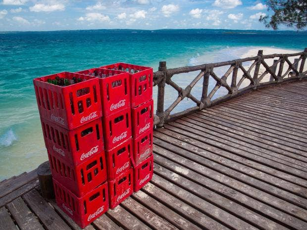 web-coca-cola-offshore-beach-rf-istock.jpg